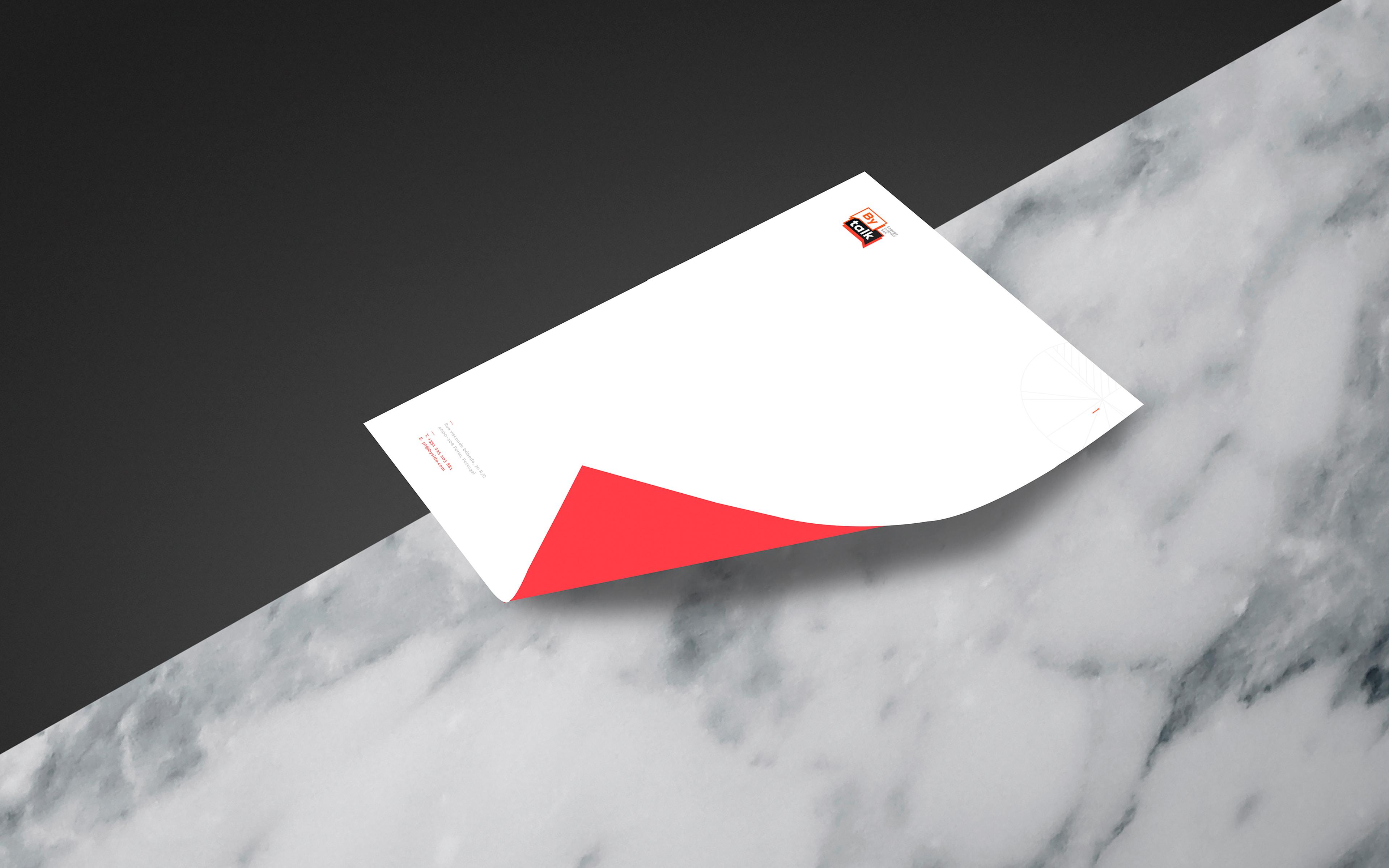 Papel cartão Bytalk. Imagem do design do papel cartão da marca Bytalk.